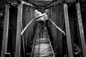 Para Penyebrang (Jembatan) Talang Payaman