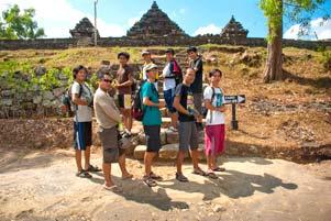 gambar/2011/spss-bubar-candi-ijo-yogyakarta_tb.jpg?t=20180722121231253