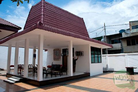 pendopo di makam pangeran Diponegoro di kota Makassar