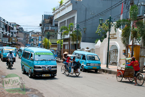 rute angkot kota Makassar yang lewat Jl. Diponegoro depan makam Pangeran Diponegoro