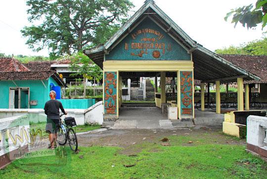 Suasana di Makam Sewu di Wijirejo Pandak Bantul di zaman dahulu saat masih belum modern pada tahun 2011