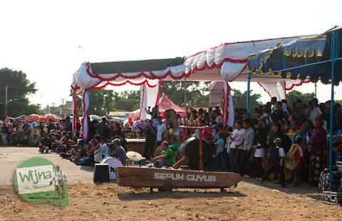 Suasana meriah dan ricuh di Festival Bentara Upacara Adat 2012 Yogyakarta