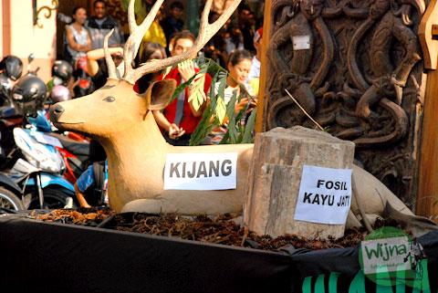 Pawai Museum Goes to Istana 2012 di Yogyakarta promosi alasan museum Indonesia tidak menarik