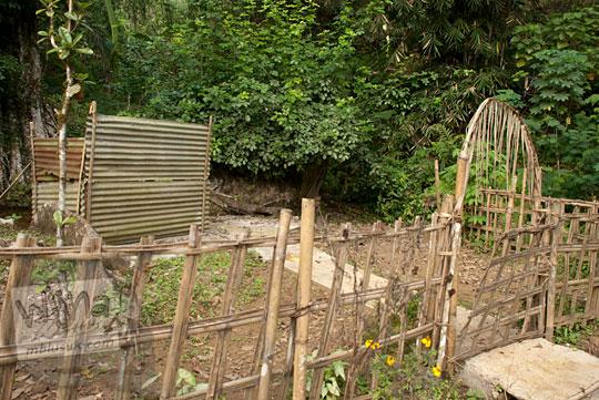 rute petunjuk jalan arah dari kota purworejo atau kutoarjo menuju obyek wisata minat khusus Petilasan Pangeran Benowo, yang terletak di Desa Bener, Purworejo, Jawa Tengah dekat dengan air terjun curug benowo