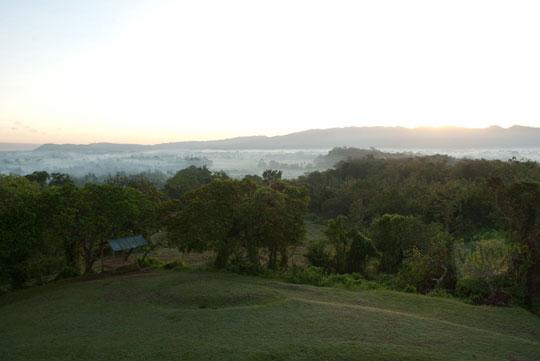 olah foto RAW obyek mahatahari terbit, sunrise, dengan Adobe Lightroom Indonesia