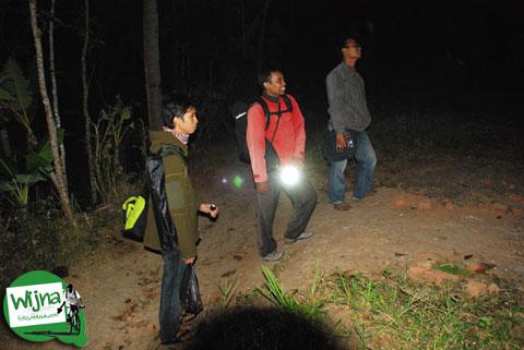 Tarif masuk terbaru bukit Punthuk Setumbu
