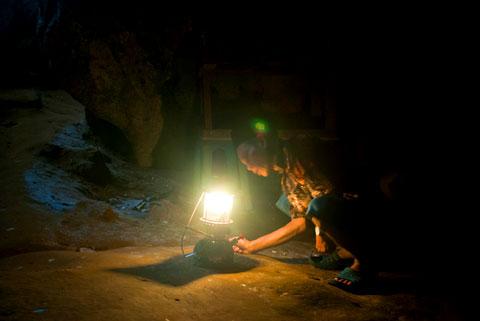 Tarif jasa wisata di Gua Batu di Bantimurung, Maros, Sulawesi Selatan di tahun 2012