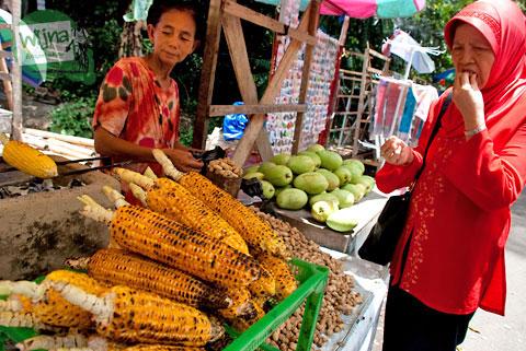 Jagung bakar khas asli Makassar dari Bantimurung, Maros, besar, lezat, enak dan murah dijual grosir