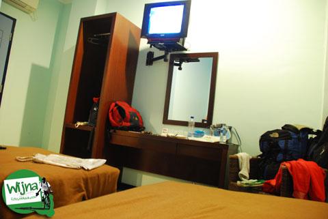 Suasana interior kamar hotel D'Bugis Ocean, Makassar