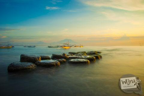 pantai sanur beach di bali tahun 2013 untuk motret sunrise
