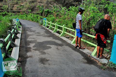 jembatan yang memisahkan wilayah bantul dengan gunungkidul di Patuk