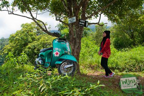 Naik mobil ke curug Lawe dan Benowo, Ungaran, Semarang, Jawa Tengah