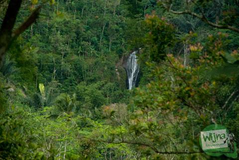 air terjun tersembunyi di desa Bener, Purworejo