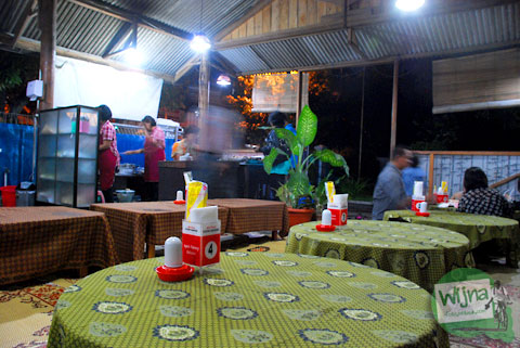 harga makanan dan minuman di rumah makan plecing kangkung baluran di baciro dekat stasiun lempuyangan jogja