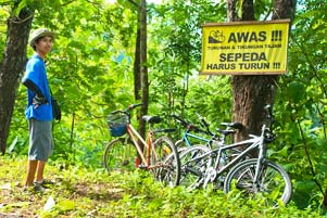 Thumbnail artikel blog berjudul Sepeda Harus Turun!