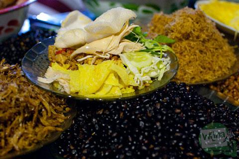 asal-usul budaya tradisi nasi kuning yang dijual saat Pasar Malam Sekaten di Alun-Alun Utara Yogyakarta 2013