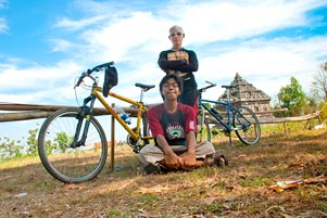 Nyepeda ke Candi Ijo Lewat Wukirharjo