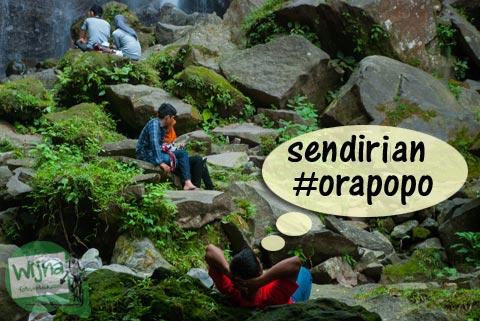 Nonton orang pacaran sambil tiduran di kawasan Curug Nangka Bogor