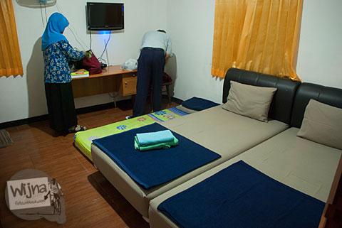 Suasana di dalam kamar Pulas Inn Bandung
