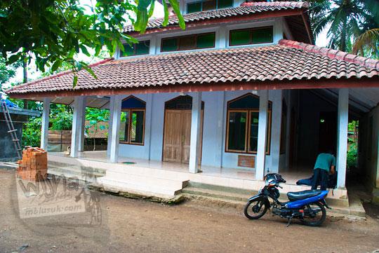 Masjid yang ada di Dusun Lor Kali, Loano, Purworejo pada tahun 2013