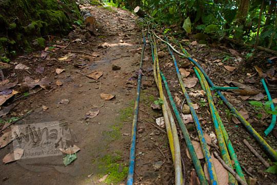 Saluran air melalui pipa plastik di Dusun Lor Kali, Purworejo, Jawa Tengah