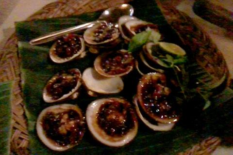 Kenangan di rumah makan ikan laut bakar Mari-Mari (dahulu bernama Mai-Mai) lokasi di Jl. Seturan, Sleman, Yogyakarta