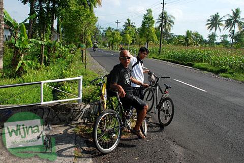 Perjalanan bersepeda menanjak jalan Palagan tentara Pelajar