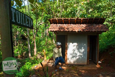 fasilitas toilet wc umum yang ada di kawasan Desa Wisata Jurug Taman Sari, Semoyo, Patuk, Gunungkidul