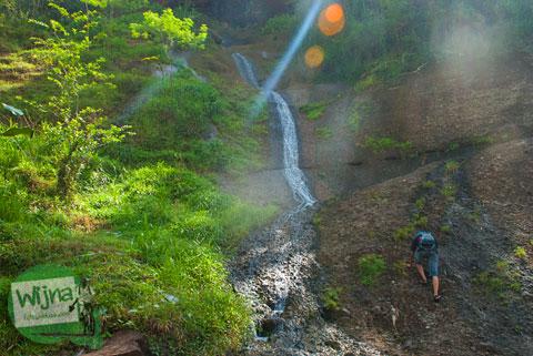 Keindahan curug air terjun gejrek-gejrek yang ada di lokasi Desa Wisata Jurug Taman Sari, Semoyo, Patuk, Gunungkidul