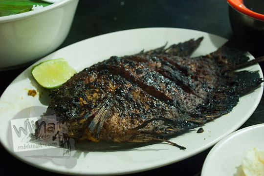 Ikan bakar khas Aceh di RM Aceh rayeuk, Banda Aceh