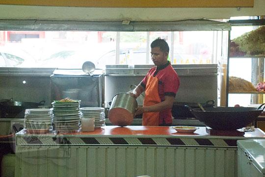 Wisata Kuliner khas Aceh di rumah makan Mie Aceh Razali, Banda Aceh