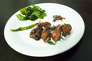 Ngicip Ayam Tangkap, Mie Caluek, dan Air Tahu Khas Aceh