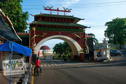 Gerbang masuk Kampung Cina Bengkulu