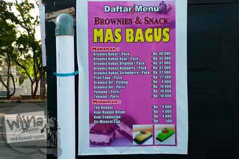 Daftar dan harga jajanan makanan di Lapangan Merdeka kota Bengkulu