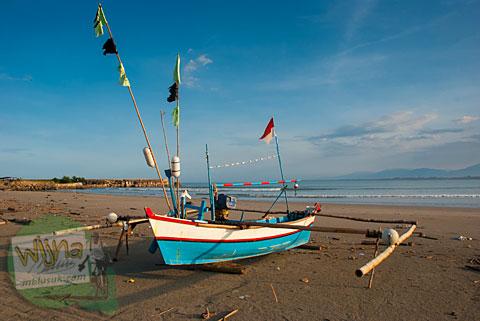 Foto perahu nelayan khas Bengkulu