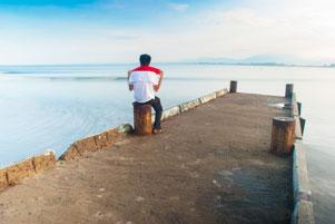 Suatu Pagi yang Lapar di Pantai Tapak Paderi Bengkulu