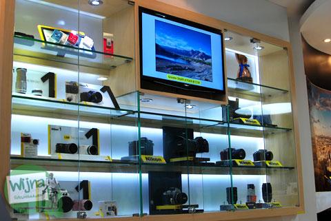 Ragam harga koleksi lensa DSLR Nikon yang didistribusikan oleh PT Nikon Indonesia