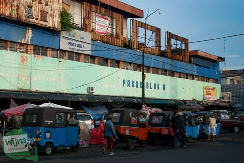 pasar blok A saat masih berupa bangunan lama