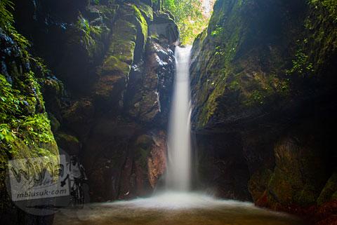 Foto terbaik Air Terjun Pendung Mudik di Kerinci, Jambi dekat kota Sungai Penuh