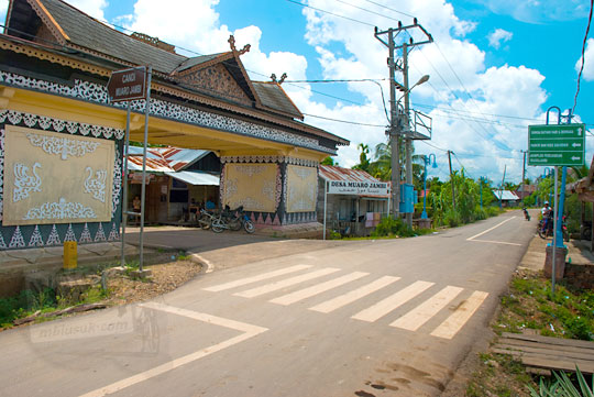 Daftar sewa motor, mobil dan travel ke Kompleks Candi Muaro Jambi