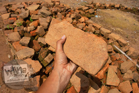 Batu Bata Candi Kedaton di Muaro Jambi