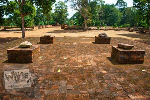 Altar Candi Kedaton di Muaro Jambi