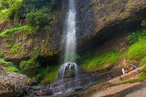 Air Terjun Banyunibo Manyaran di Pucuk Wonogiri