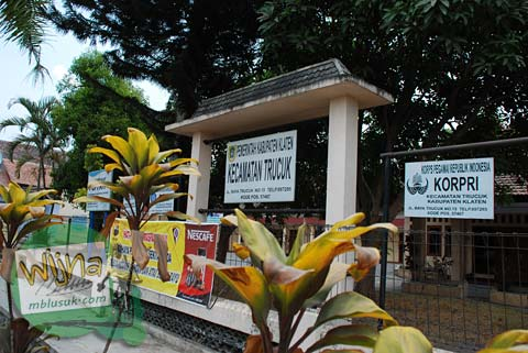Kota Modern Trucuk dekat Sendang Mandong, lokasinya di kecamatan Trucuk, Klaten, Jawa Tengah