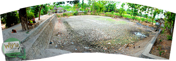 Mata Air Kemarau di Sendang Mandong, lokasinya di kecamatan Trucuk, Klaten, Jawa Tengah
