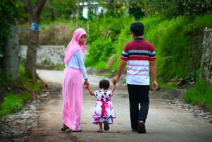 Jalan Siang-Siang di Desa Tulungrejo