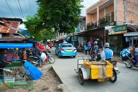 Suasana pasar Belimbing di kecamatan Kuranji, Sumatra Barat