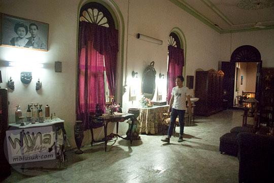 lorong rahasia penghubung antar kamar di Rumah Tjong A Fie, Medan pada September 2014