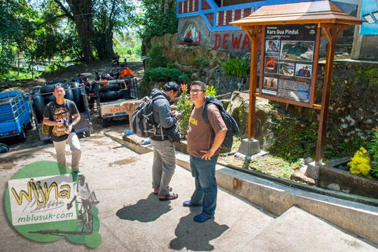 Menemani tamu asal jakarta mengunjungi kawasan wisata Gua Pindul di tahun 2015
