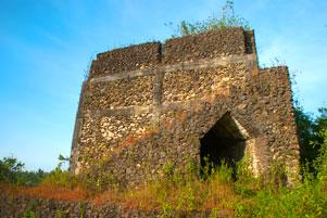 Kastil Gamping di Pinggir Jalan